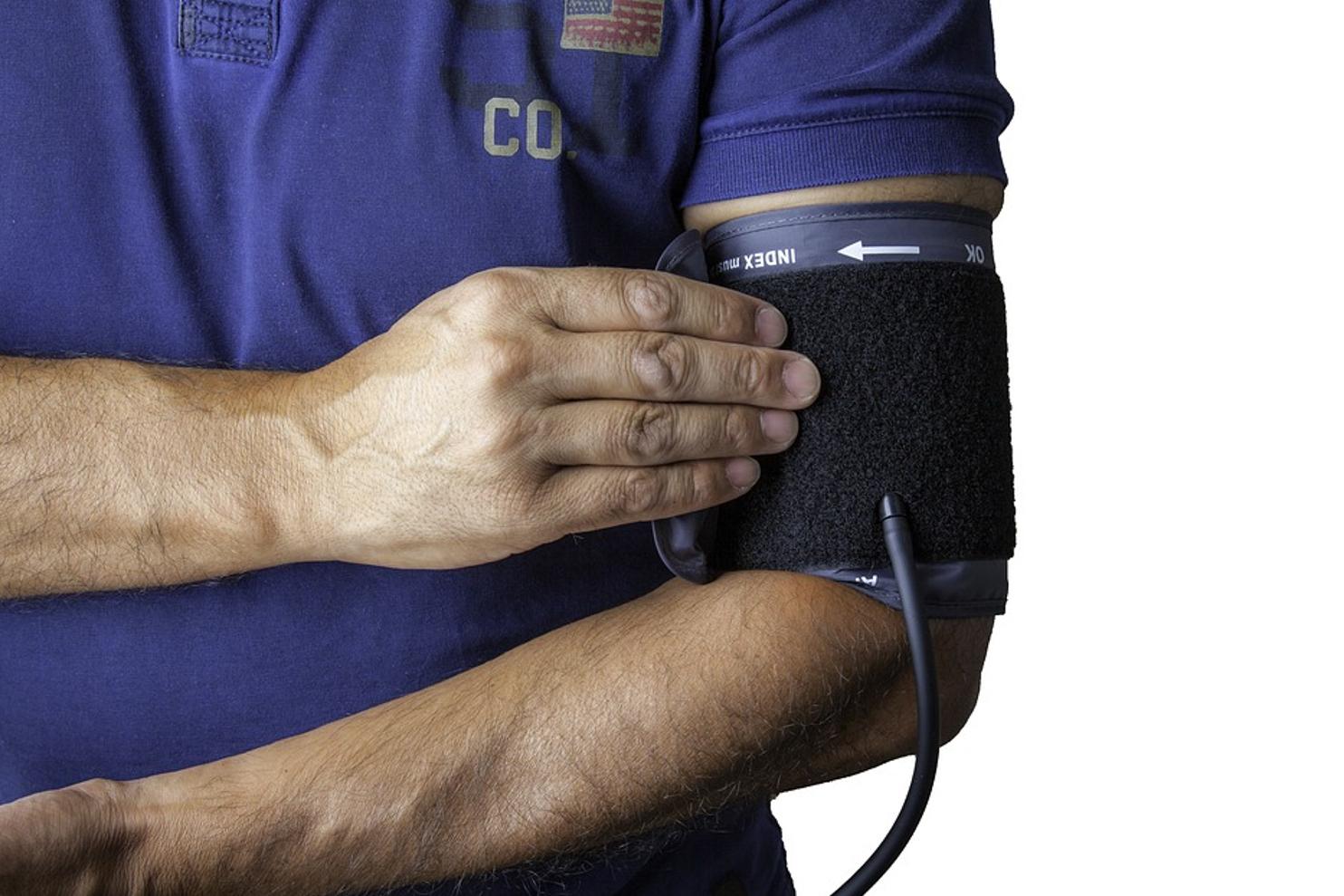 vénás hipertónia tünetei magas vérnyomás életmód és táplálkozás
